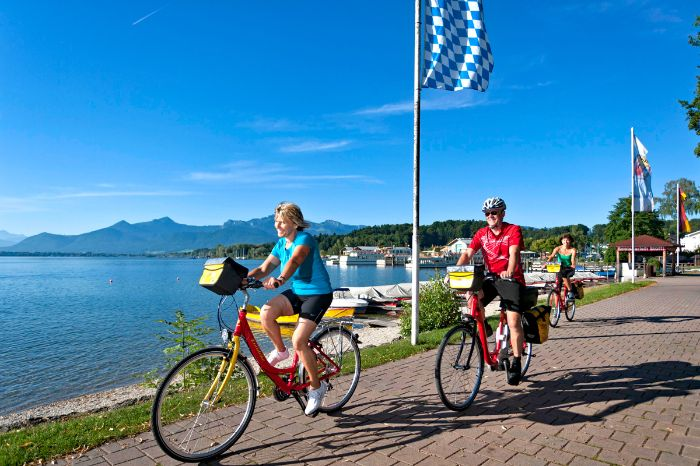 Eurobike cyclists at the bank of Lake Chiemsee