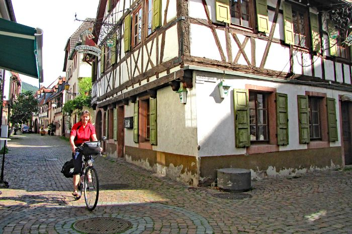 By bike through the historic centre of Neustadt